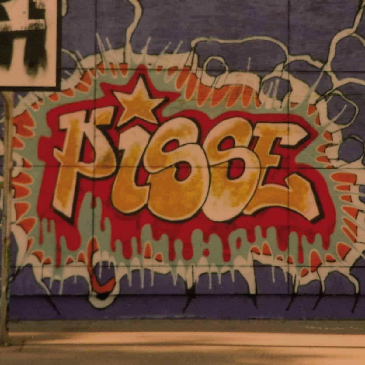 pisse - s/t cover